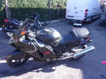HONDA CBR 1100 XX accidentée RSV
